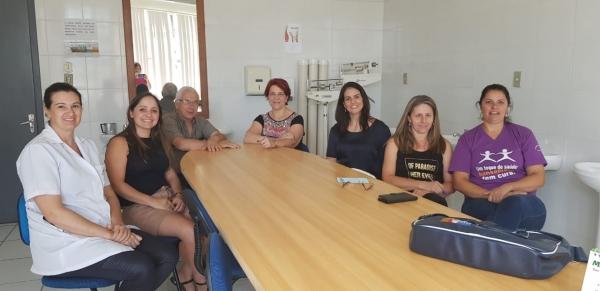 Equipe do CAPS se reuniu com profissionais de Pinhal Grande