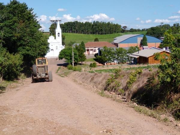 Patrolamento de estradas no interior (regiões de Novo Paraíso e Caemborá)